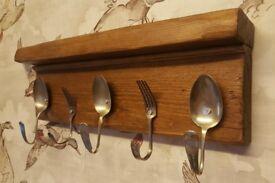 Kitchen hook rack with shelf