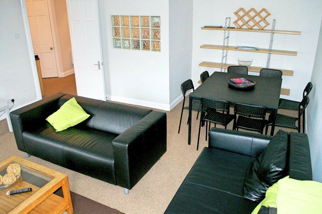 Large flat 3/4 bedrooms. in west end. all