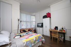 LOVELY PERIOD CONVERSION STUDIO HOME- OFF MUSWELL HILL BROADWAY- EXCELLENT LOCATION- MUST SEE