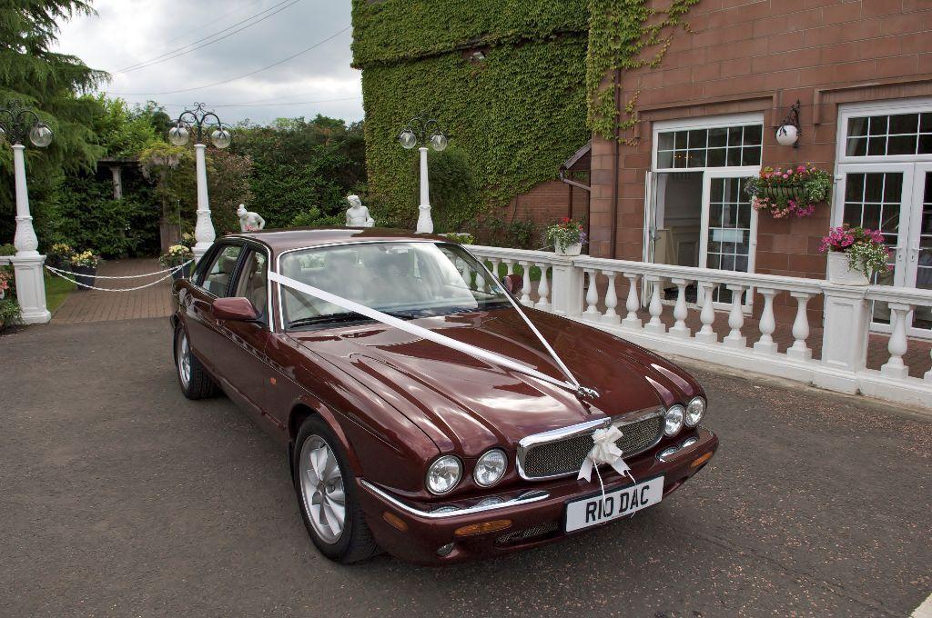 $ 86 - Cheap Wedding Car Hire Glasgow