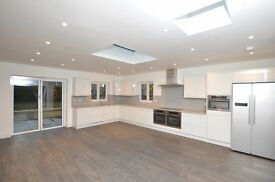 6 Bedrooms in a newly refurbished house for rent