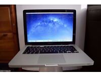 APPLE MACBOOK PRO INTEL CORE i5 2.3GHZ 4GB RAM 500GB HDD WIFI WEBCAM OS X FULLY WORKING.