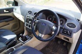 Ford Focus Titanium Estate,