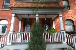 GLEBE - BEAUTIFUL 3 BED TOWN HOUSE - SEPT 1ST- Second Ave