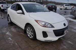 2012 Mazda 3 5 SPEED! $92 BI-WEEKLY! 160000 KM Warranty!