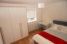 Large Ensuite Double Room