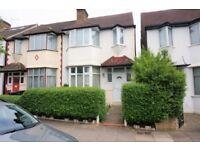 Three bedroom house, East Finchley, N2 - £2,295.00 per calendar month