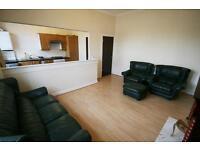 4 bedroom flat in Heaton Road, NE6