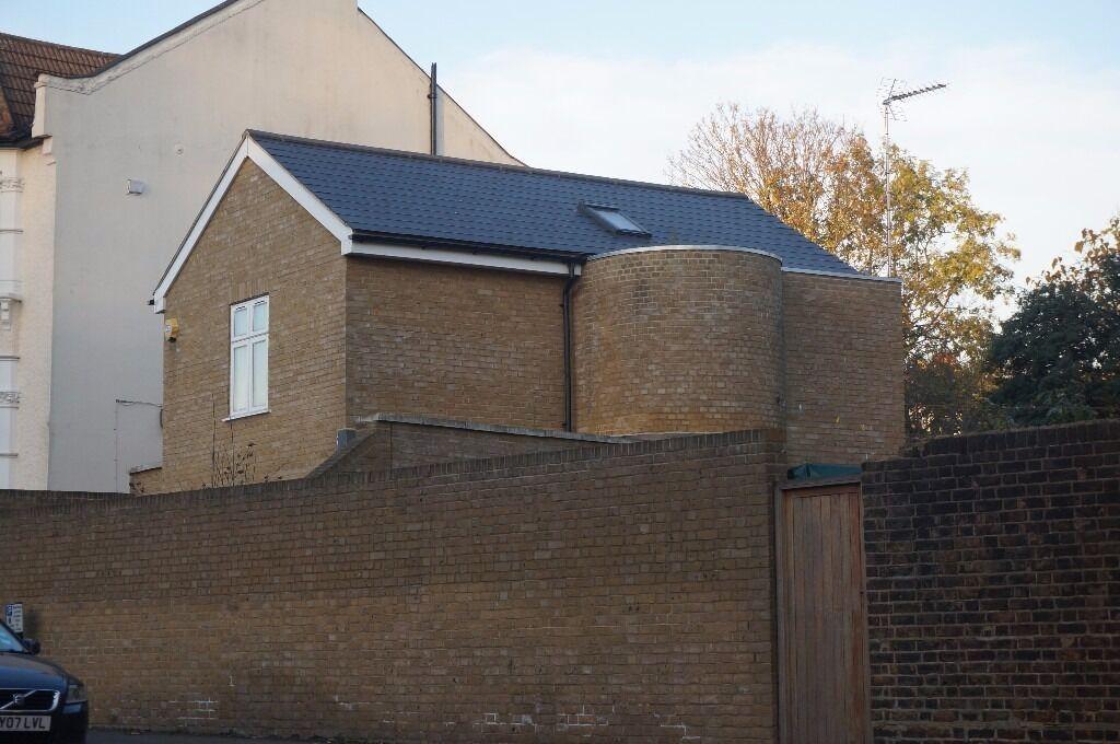 3 Double Bedroom Detached House, Crouch End, N8 - £550 per week