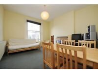 ***Penn Road, one bed flat, great location***