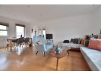 Brilliantly located 1 bedroom penthouse flat with balcony in Curtain Road, Shoreditch EC2 E2
