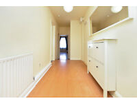 Large 1 bed within private development on Hoxton Street
