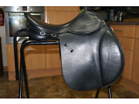 "Fieldhouse GFS black leather VSD saddle 17"" extra wide"