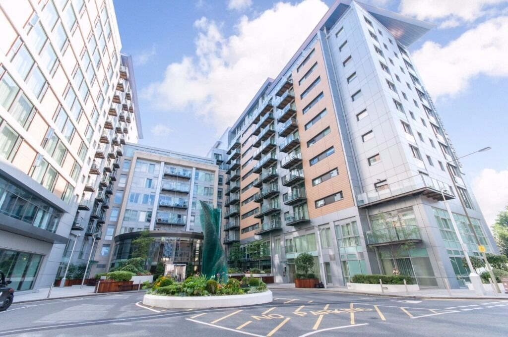 -Modern property next to Battersea Park is coming available