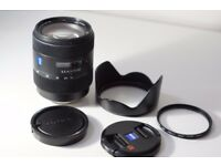 Sony 16-80mm f3.5-4.5 Zeiss Vario Sonnar T* DT Lens