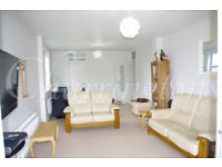 THREE BEDROOM APARTMENT WITH HEATED SWIMMING POOL | TO LET | VERULAM COURT | WEST HENDON | NW9