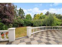 SIX BEDROOM DETACHED HOUSE ON BEAUFORT ROAD. FOUR EN-SUITES/AIR-CON/FRONT & BACK GARDEN. £6000 PCM
