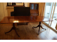 *** Beautiful Solid Wood Antique Dining Table ***