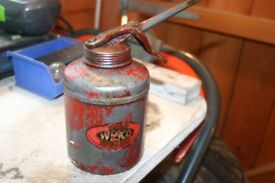 COLLECTORS OIL CAN