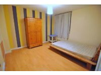 # SPACIOUS DOUBLE ROOM, CENTRAL AREA! #