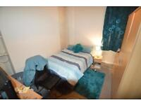 2 bedroom flat in Wood Road (Ground Floor Flat), Treforest, Pontypridd