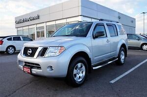 2012 Nissan Pathfinder 7 Passenger 4x4 Free GTA Delivery