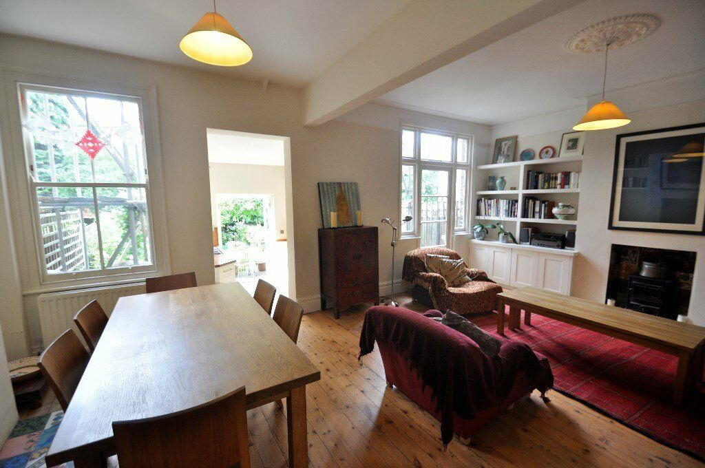 WONDERFUL FOUR BED FAMILY HOME IN FULHAM