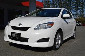 2009 Toyota Matrix XR Local -91,000KMS