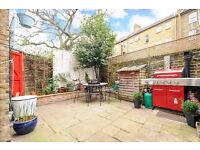 A CHARMING TWO DOUBLE BEDROOM SPLIT LEVEL FLAT WITH SPACIOUS KITCHEN AND GARDEN ON STRATHBLAINE ROAD