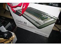 Soundcraft Signature 22mtk mixer/ interface with Fostex monitors and Akg Headphones