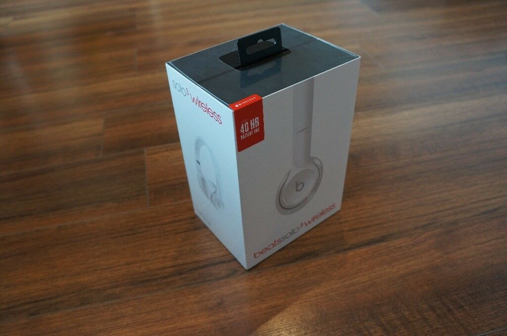 Beats Solo3 Wireless On-Ear Headphones - Gloss White - BRAND NEW, BOXED, SEALED