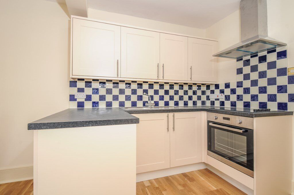GL - A neutrally decorated flat to rent