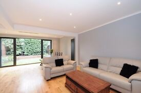 A beautifully refurbished house to rent in this quiet location close to Wimbledon
