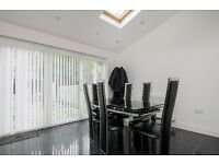 A Fantastic 4 Double Bedroom House Situated 0.2 Miles From Clapham Junction Station - £2995pcm