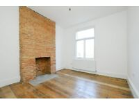 Rectory Road, 4 bed flat, split level, light and airy, close to local ameneties.