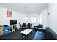*** Delightful three double bedroom flat to rent, Oakfield Court, Haslemere Road, N8 ***