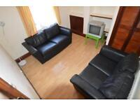 4 bedroom house in Rhymney Street, Cathays, Cardiff
