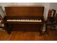 Baldwin/Hamilton Studio upright piano