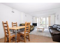 *** Extremely spacious three double bedroom garden flat to rent, Ferme Park Road, N4 ***