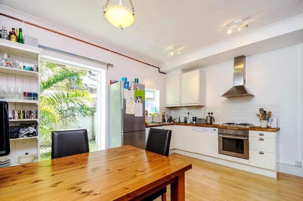 A well presented 2 bed house with private garden, Sherbrooke Road, SW6. Contact 020 3486 2290.