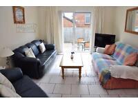 Portstewart Modern holiday home. Sleeps 10.Special offer £50 reduction. Free Bt Infinity broadband