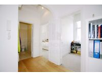 VERY BRIGHT & SPACIOUS HOME- IDEAL FOR 2 SHARERS/STUDENTS/COUPLE- FEW MINS TO BAKER ST STATION