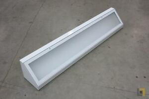 "48"" Flourescent Light Fixture"