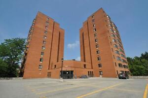 One Month Free on Spacious and Modern Suites! Kitchener / Waterloo Kitchener Area image 2