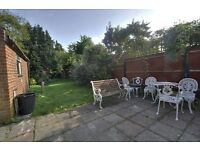STUNNING 2 DOUBLE BED DUPLEX FLAT IN HAMLET GARDENS ONLY 2500PCM