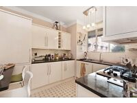 SPACIOUS & BRIGHT 1 bedroom flat in Paddington/Bayswater **AVAILABLE NOW** £325pw
