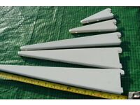 Free Genuine Spur shelving brackets