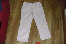 PAIR MARKS + SPENCER SIZE 16 SHORT PALE PINK JEANS LOVELY COLOUR