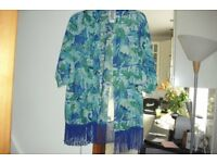 BRAND NEW IN BAG SIZE 12/14 AQUA PRINT KIMONO BEAUTIFUL COLOURS
