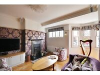 Newly refurbished two bedroom, two bathroom flat set in a Victorian mansion block